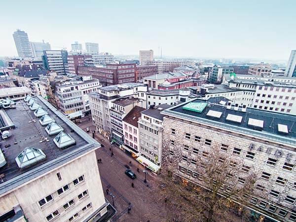 Gewerbeimmobilien von oben in der Innenstadt von Essen