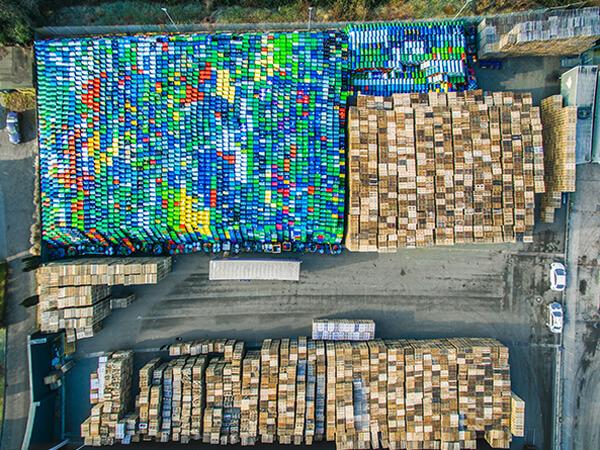 Draufsicht Luftbilder Hafen von oben Fässer Ruhrgebiet