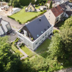 Immobilie aus der Luft fotografiert